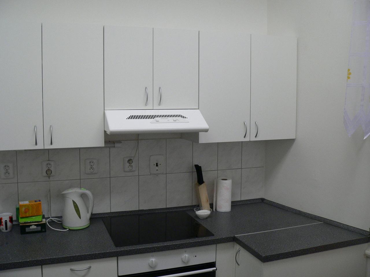Kuchyně bytu ve Vratislavově ulici